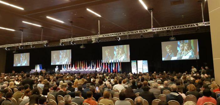 384-VM.Magario en Cumbre de alcaldes en Uruguay 2