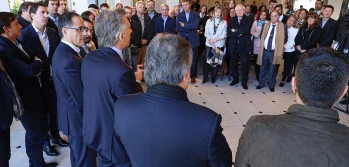 Macri con diputados en Olivos (1)