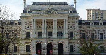 Casa_de_Gobierno_de_Buenos_Aires_(La_Plata_1)